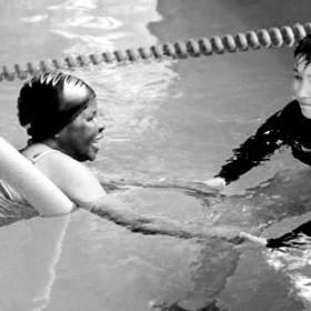 belajar renang untuk dewasa kursus renang untuk dewasa